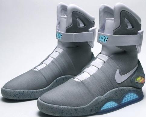 """Nike выпустит кроссовки из фильма """"Назад в будущее 2"""" (видео)"""