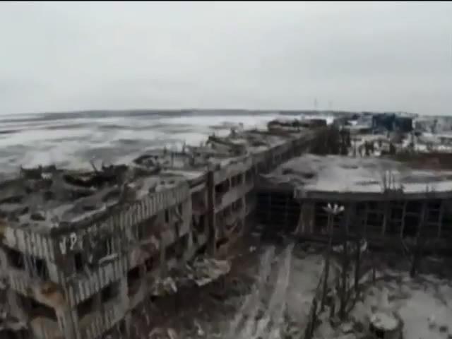 У Щастi терористи обстрiляли житловий будинок e загиблi (видео)
