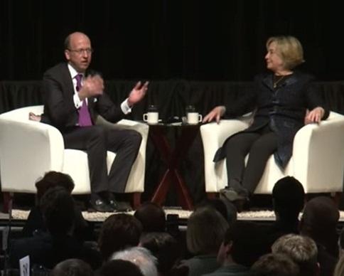 Хиллари Клинтон спародировала Путина на выступлении в Канаде (видео)