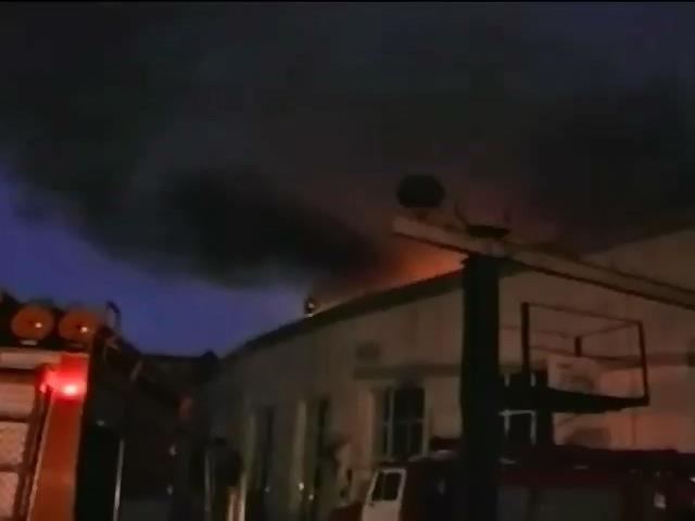 Пожежа у вiйськовiй частинi Херсона сталася через необережнiсть (видео)